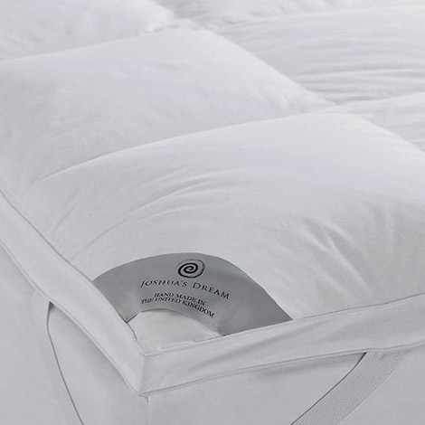 Joshua s Dream The Hotel Mattress Topper in Natural Filled