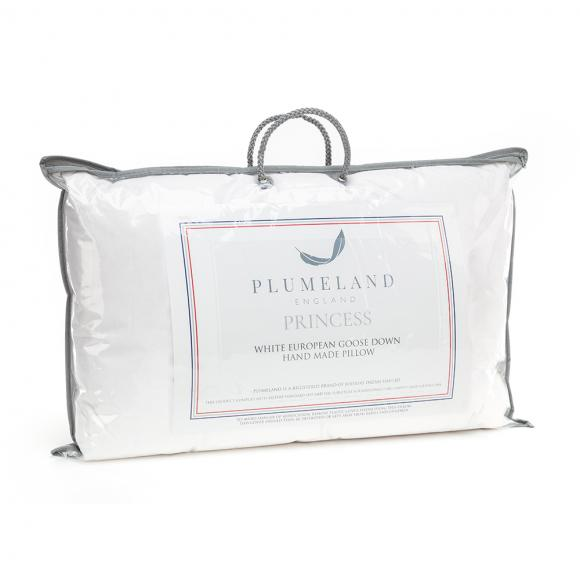 Plumeland Princess Pillow